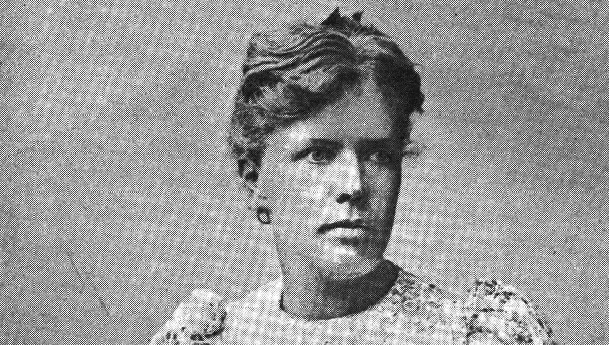 Anne Charlotte Leffler,  född 1 oktober 1849 i Stockholm, död 21 oktober 1892 i Neapel, var en svensk dramatiker och författare som skrev under pseudonymerna Carlot, Valfrid Ek och Alrun Leifson.